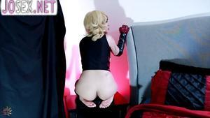 Blonde Harley Quinn loves to fuck in front of webcam.