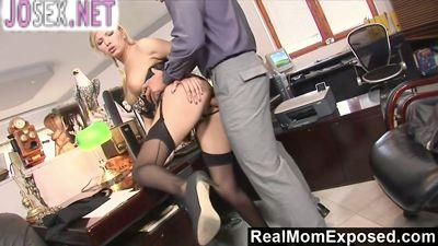 Boss caught the Secretary for the caresses and fucked her in...