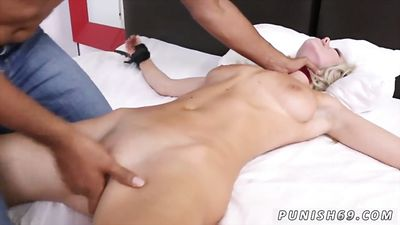 Dude tied up blonde and fuck her passionately in bed.