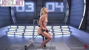 Похотливая студентка попала в эксперимент по оргазмам...