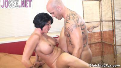 Mature masseuse Fucks a bald hunk....