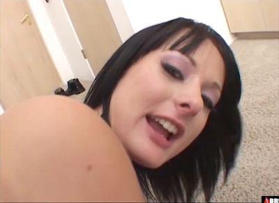 Melissa Lauren трахается с горячими неграми в анал...