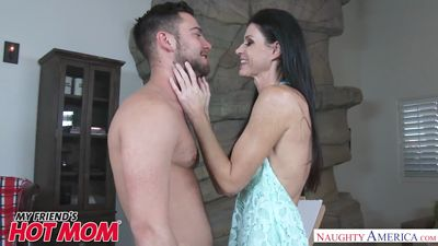 Skinny India summer Fucks with young guy...