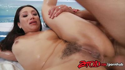 Vicki Chase hairy pussy flogged in anal sex